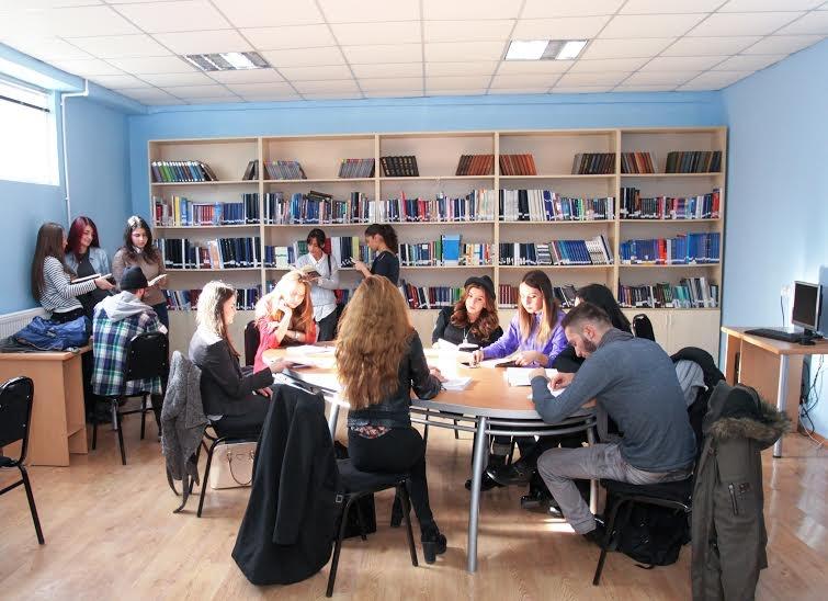 აღმოსავლეთ ევროპის უნივერსიტეტში საერთაშორისო სტანდარტის შესაბამისი ბიბლიოთეკა ფუნქციონირებს