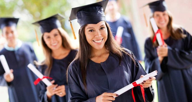 გააგრძელე სწავლა მაგისტრატურაში და ისარგებლე საუნივერსიტეტო დაფინანსებით!