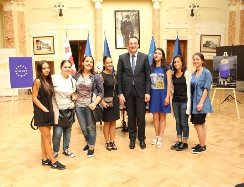 საერთაშორისო ურთიერთობების სტუდენტების შეხვედრა სახელმწიფო მინისტრთან, ბატონ დავით ბაქრაძესთან