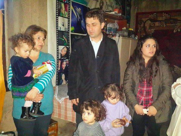 დავით ჩერქეზიშვილმა მრავალშვილიან ოჯახს ახალი წელი მიულოცა